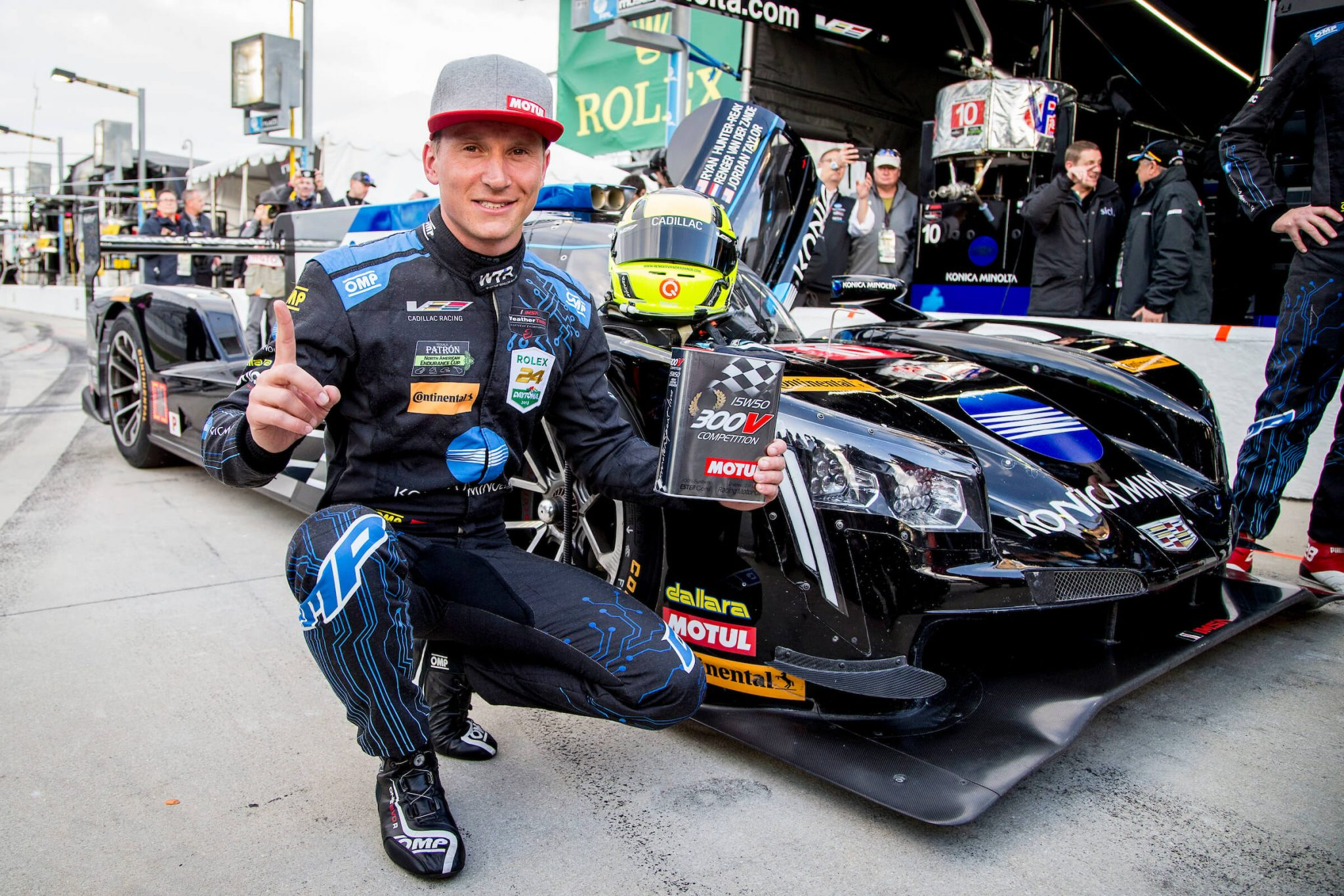 Rengers secures pole for Daytona 24H